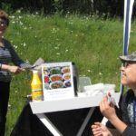 Gavrielides Foods lahjoitti Kulkurien grilliä varten makkaraa. Lämmin kiitos! Kuva: Stina Nurmikoski